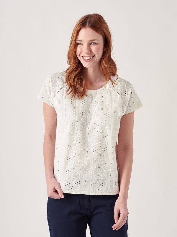 Betsy WHITE Broderie Anglaise Top | Quba & Co